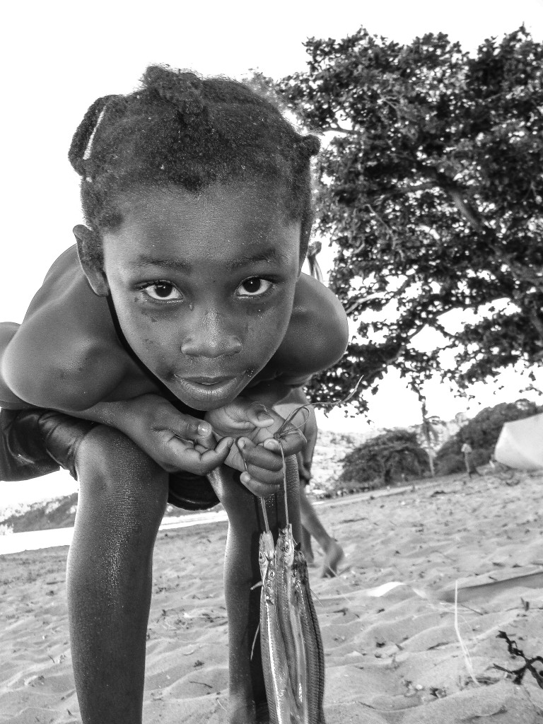 children, madagascar, tsarabanjina, africa, black and white, photography, samir dave, samir, dave, kenya, nairobi