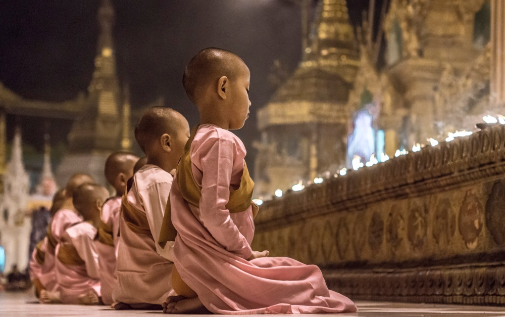 Myanmar_SAMIR_DAVE_Child_nun_monks
