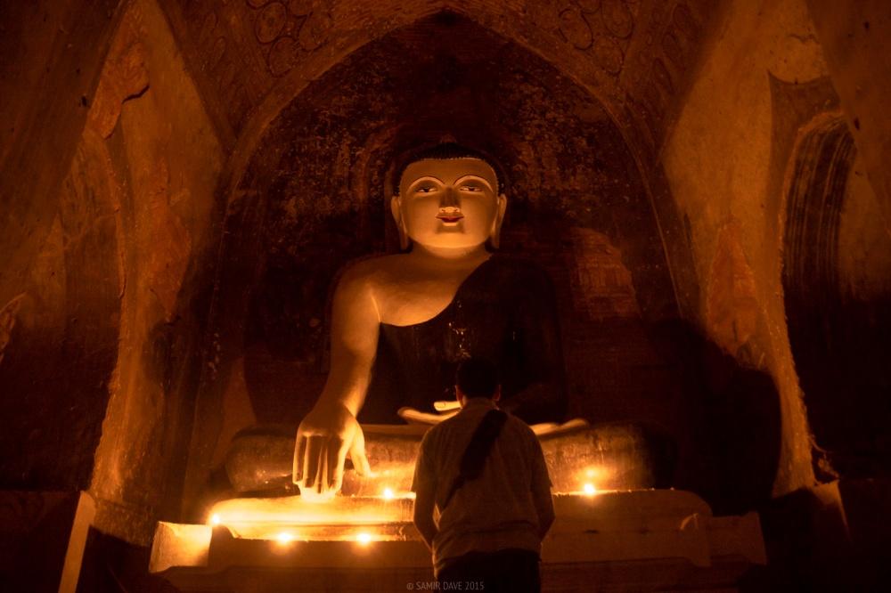 Myanmar_SAMIR_DAVE_Sunset_prayer