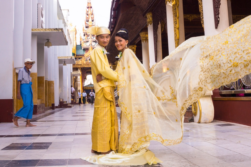 Myanmar_SAMIR_DAVE_Yangon_Marriage_Couple